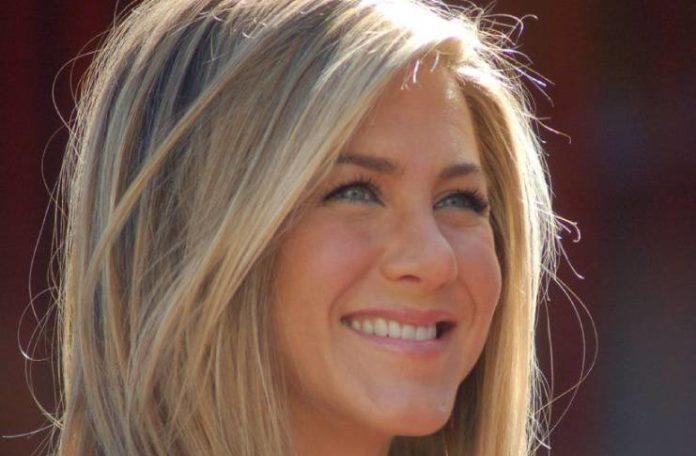 Jennifer Aniston, Brad Pitt fueron a terapia juntos después de que el rumor de divorcio desacreditara