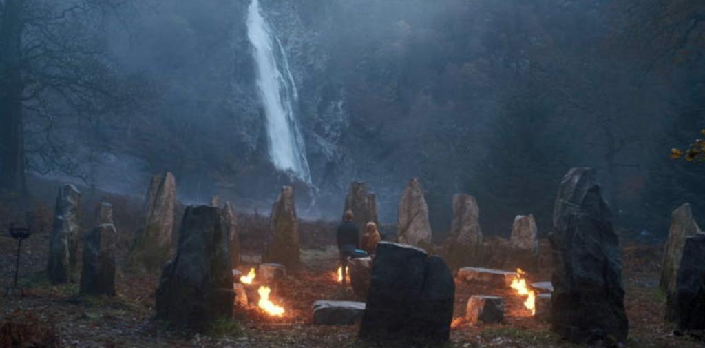 Destino: La saga Winx, Netflix, lugares de rodaje, filmación, escenario, vida real, ubicación , Wicklow, Irlanda, cascada