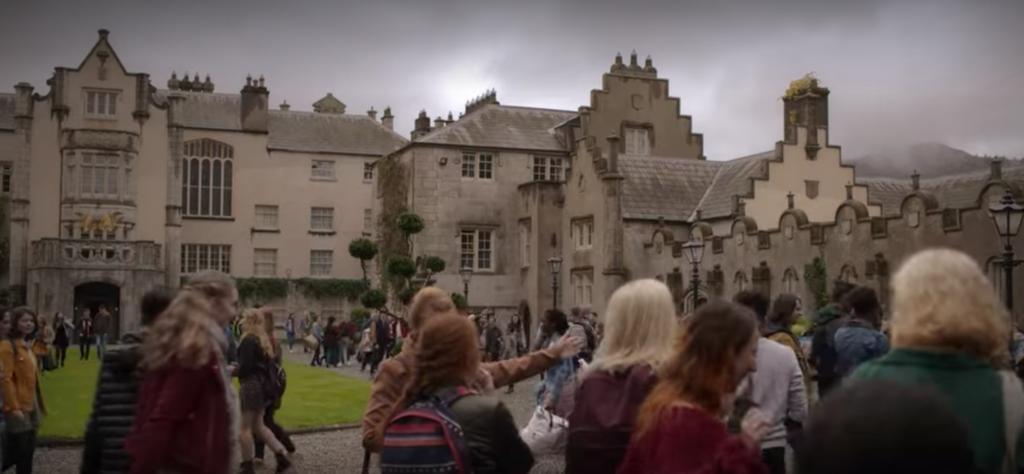 Fate: The Winx Saga , Netflix, lugares de rodaje, filmado, escenario, vida real, ubicación, Wicklow, Irlanda, Alfea School